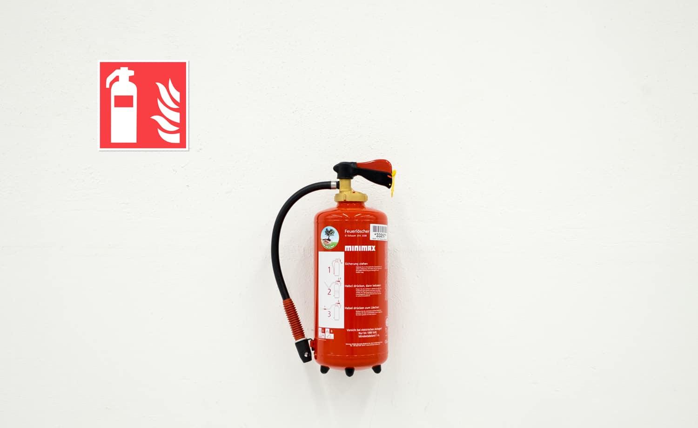 Brandutrustningsskyltar