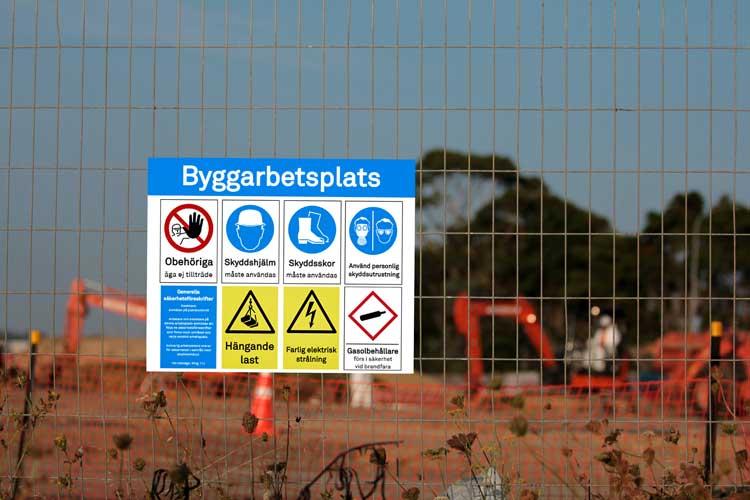 Säkerhetsskyltar för byggarbetsplatser