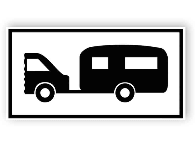 Parkering för husbil eller husvagn bogseras av motorfordon tecken